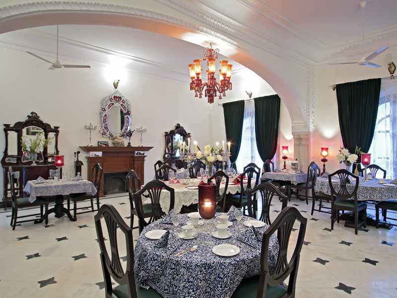 Indoor Dining © Hotel Khas Bag Jaipur