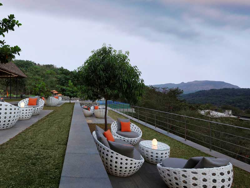 Valley Bar © Hilton Shillim Estate Retreat & Spa